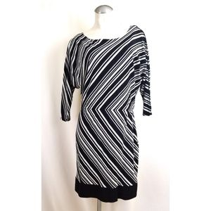 White House Black Market Size M Black White Dress